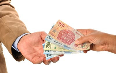 prestamistas de dinero